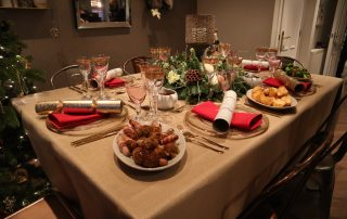 Hosting a christmas party at home